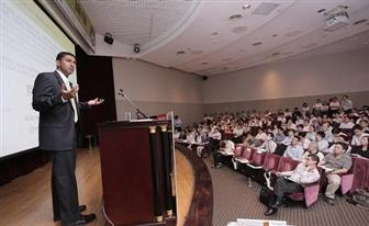 Participants are attentive to the trends introduced at Computex Taipei DIGITIMES Tech Forum 2012 - Mobile Technology.