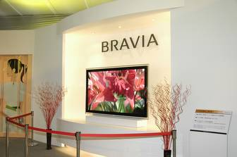 Sony displays 82-inch Bravia LCD TV in Taiwan