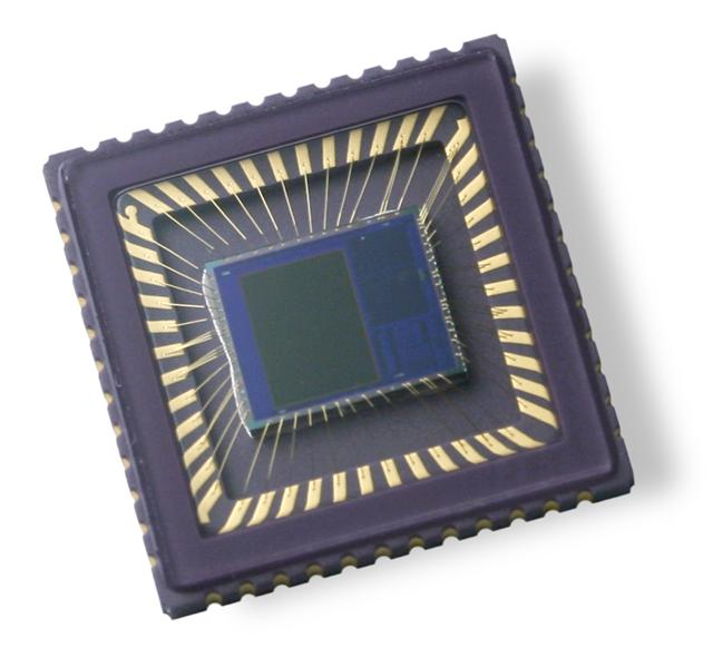 OmniVision begins volume shipments of OV7710 SoC image sensor to automotive customers