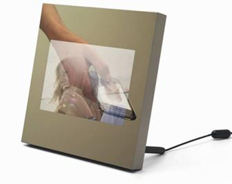 Parrot Specchio's Martin Szekely-designed Wi-Fi digital photo frame