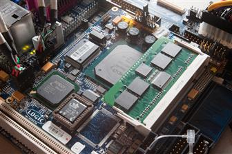 AMD Geode platform with DDR2 support