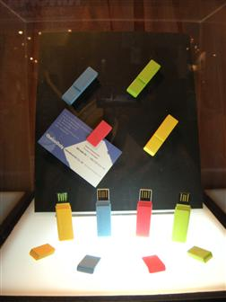 Computex 2009: ChoiceOnly paper-clip micro USB drives