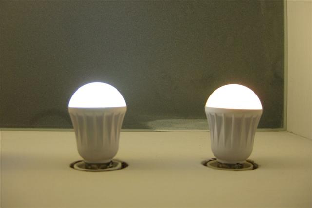 Lextar LED light bulbs