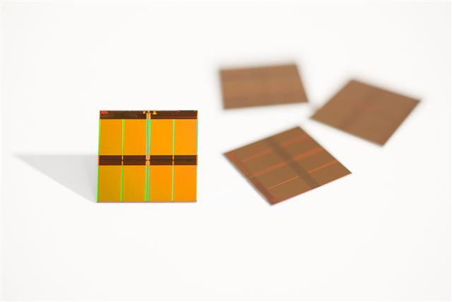 Micron 16nm flash die
