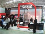 SanDisk booth