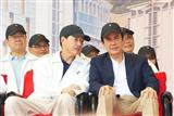 (Right to left) Taiwan president Ma Ying-jeou and ASE chairman Jason Chang