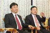 Wen-Jui Huang, general manager of Giga Solar (left), Chi-jen Chen, chairman of Giga Solar (Right)