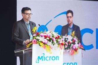 Wayne+Allan%2C+VP+of+global+manufacturing+at+Micron