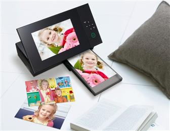 Sony new digital photo frame with built-in printer, the DPP-F700