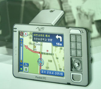 The+Mio+169+enables+voice+guidance+as+well+as+visual+GPS%2Dbased+navigation%2E