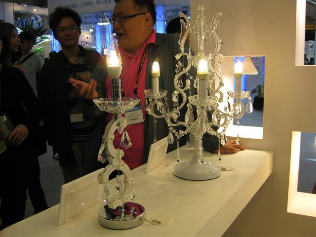 2013 Taiwan International Lighting Show: Epistar  candle lamps
