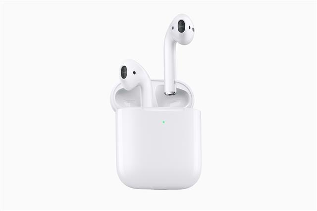 Apple second-generation AirPods