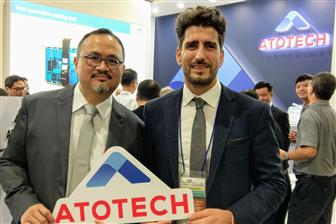 Daniel Schmidt (right); Bill Kao (left); Atotech