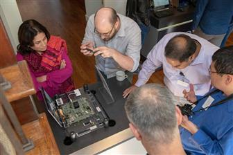 Intel+demonstrating+latest+technology+and+architecture+innovations