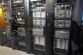 Server makers see production hindered by components shortages