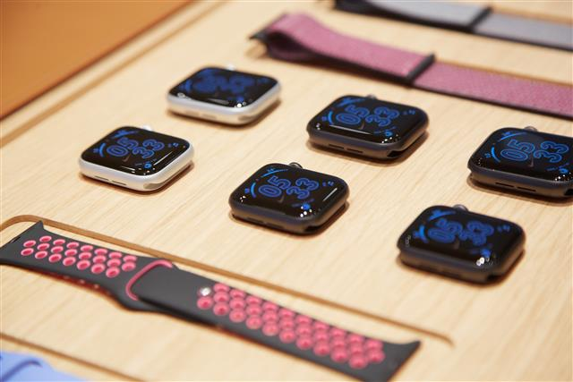 ASE reportedly grabs major SiP orders for new Apple Watch thumbnail