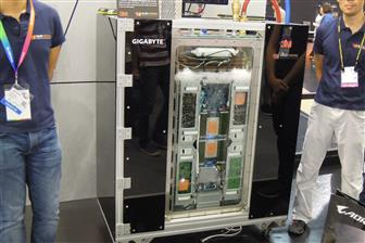 Datacenter operators showed interest in immersion liquid cooling solutions